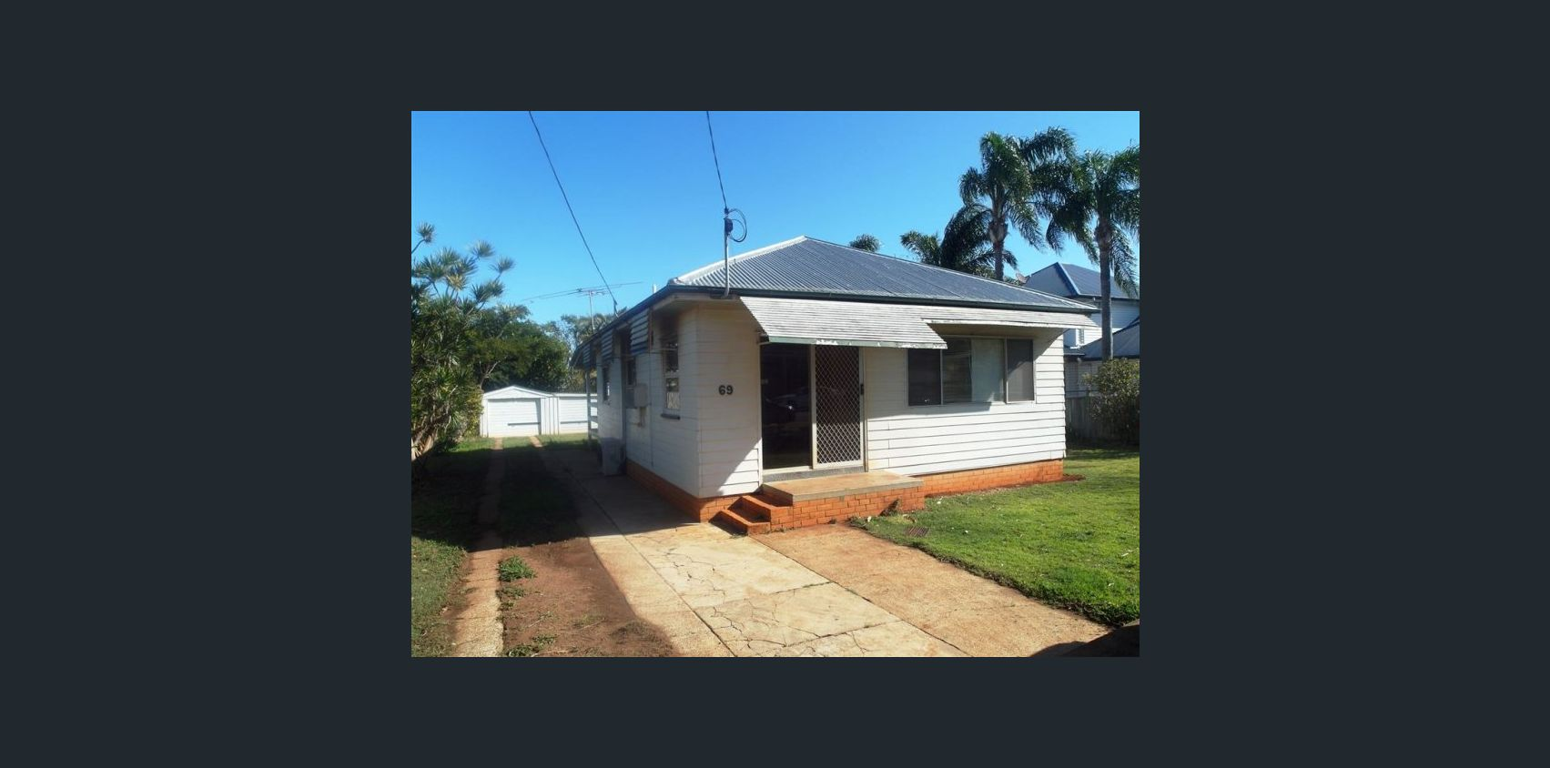 Woody Point house Before